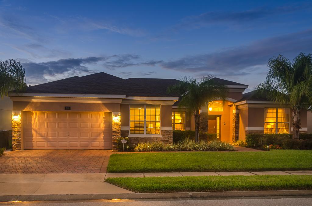 5 Bedroom Villa With Wow Factor Watersong Resort
